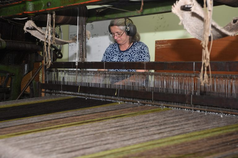 Monica Weaving - Ardalanish Weaver