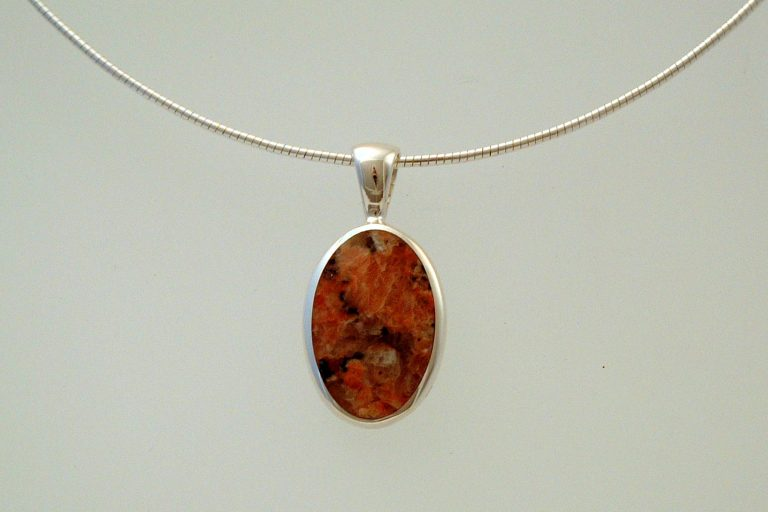 Ross of Mull Granite pendant